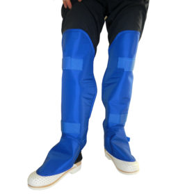 06 06 PROTECTIVE GAITERS